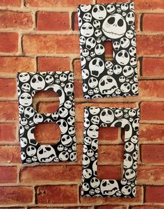 Jack Skellington Faces - Nightmare Before Christmas - Pumpkin King - light switch cover room decor Christmas Bathroom, Christmas Room, Halloween Decorations, Christmas Decorations, Holiday Decor, Nightmare Before Christmas Pumpkin, Jack Skellington Faces, Baby Room Themes, Baby Rooms