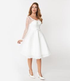 These dresses look pretty sexy and amazing. For you who are going to have a vintage wedding theme, one of these inspired wedding dresses will give the look that you want. Tea Length Wedding Dress, Tea Length Dresses, Wedding Dress Sleeves, Ball Dresses, Dresses With Sleeves, Lace Sleeves, Wedding Dress Over 40, 1950s Style Wedding Dresses, Vintage Inspired Dresses