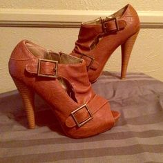BLACK FRIDAY SALE Booties! Stacked heels Carmel colored leather booties. Has a zipper. Great condition! Minor signs of use. MAKE ME AN OFFER Charlotte Russe Shoes Ankle Boots & Booties
