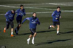 Cristiano Ronaldo spints ahead of Karim Benzema, Raphael Varane and Mateo Kovacic