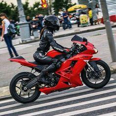 Il cuore di un motociclista non si misura in pulsazioni…. ma in numero di giri....