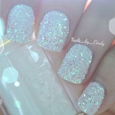Sparkly.. looks like snow, great for winter