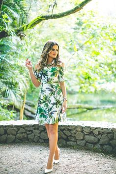 INto the woods. Casual Dresses, Fashion Dresses, Girls Dresses, Botanical Fashion, Moda Fashion, Fashion Trends, Effortless Chic, Glamour, Look Chic