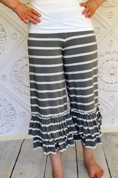 a309878e01053 READY TO SHIP women's small size 6 to 8 Chrome Gray and Heather Ash Striped  Willow Ruffle Capri Pants by GreenStyle