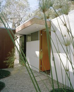 Richard Neutra home Los Angeles Love the clean lines and simplicity