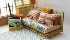 Amazing doll house furniture! Check out the pillows