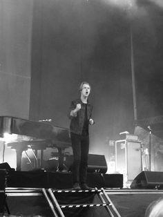 Tom Odell, Toms, Singer, Singers
