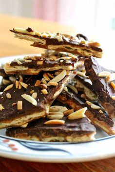 A recipe for easy to make Crispy Chocolate Toffee Bark that is sure to be a hit.