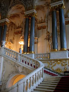 Interior, The Hermitage. (Didn't realize at first, but the website this links to says it's in Russia).