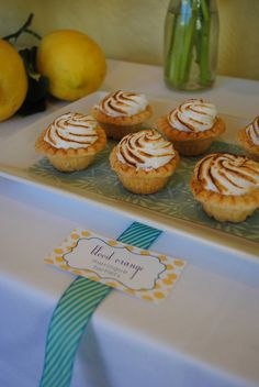 If have time Mini lemon meringue pies Appetizers For Party, Appetizer Recipes, Party Food On A Budget, Mini Lemon Meringue Pies, Lemon Party, Bite Size, Food Presentation, Have Time, Girl Birthday