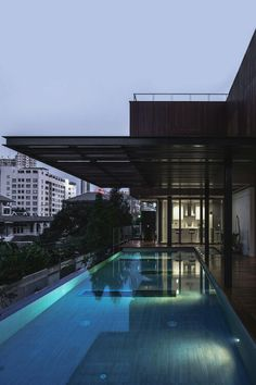 Modern Home Amazing Pool
