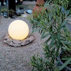 Estaca BOL para exterior 50 -  ¡Este modelo de 50 cm. de diámetro es una gozada para su jardín!