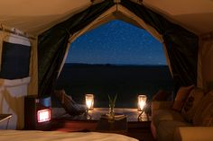 Sibani Luxury Tents is situated in a privately owned reserve, 8.6 km from Cradle of Humankind. Sibani Lodge is ideal for those looking for a comfortable bush breakaway, with access to various attractions in the surrounding area. Accommodation is offered in 4 luxury tents, situated away from the main Sibani Lodge. Attractions in the surrounding area include Sterkfontein Caves, Nirox Foundation Sculpture Park, Krugersdorp Game Reserve, Tarlton International Raceway and Krugersdorp Golf Course. Large Tent, Shower Cabin, Luxury Tents, Game Reserve, Welcome Decor, Lounge Areas, Open Plan, Hotel Offers, Glamping