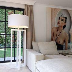 Livingroom Interior And Exterior, Interior Design, Interior Ideas, Inspirational Wall Art, Classic Interior, Wall Treatments, Layering, Loft, Lights