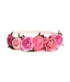 Up your outfit game with these next level hat and hair accessories that'll look perfect during festival season. Flower Crown Headband, Flower Hair Band, Head Wrap Headband, Flowers In Hair, Hair Bands, Fabric Flowers, Pink Headbands, Elastic Headbands, Hair Garland