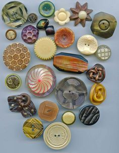 celluloid buttons some wafers vintage buttons