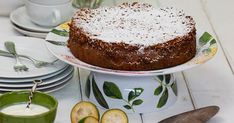 This feijoa cake almost disguises the taste of the fruit, but feijoa lovers will still delight in the delicate flavour when served with Greek natural yoghurt to freshly whipped cream