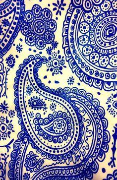 blue paisley... just love paisley!! http://www.cuttingedgestencils.com/paisley-allover-stencil.html