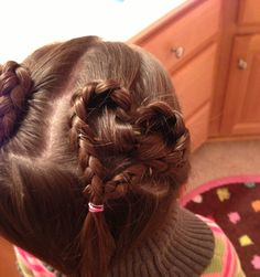 Heart shaped braids for Valentine's Day!   :))  Cute for little girls!   :))  #braids #Valentines