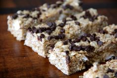 Homemade granola bars: 1/4c butter  1/4c brown sugar  1/4c honey  1/2t vanilla  2c quick oats (rolled oats cannot be substituted)  1c crispy rice cereal  pinch of salt  1/4c mini marshmallows  3T mini chocolate chips