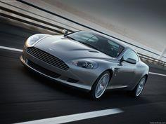 Aston-Martin DB9