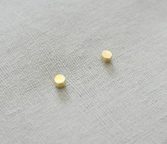 Make a wish gold tiny lucky circle stud earrings