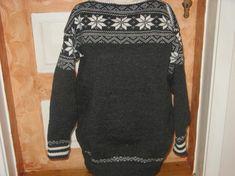 Strikka ullgenser str. M. Sweaters, Fashion, Moda, Fashion Styles, Sweater, Fashion Illustrations, Sweatshirts, Pullover Sweaters, Pullover