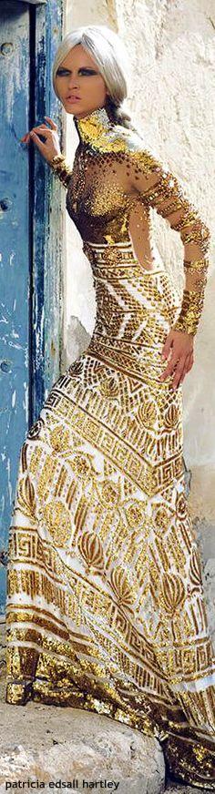 Gold Fashion, High Fashion, Womens Fashion, Nice Dresses, Formal Dresses, Boho Life, Glamour, Couture Fashion, Marchesa