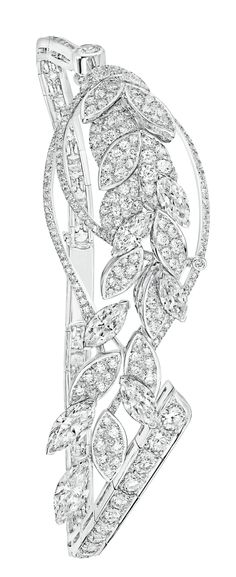 Légende de Blé #Bracelet from #LesBlesDeChanel - #Chanel - #FineJewelry collection in 18K white gold set with 7 #MarquiseCut - #Diamonds (2.4 cts) and 297 #BrilliantCut diamonds (4.5 cts) - July 2016