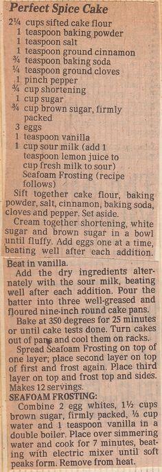 Perfect Spice Cake w Seafoam Frosting. Retro Recipes, Old Recipes, Vintage Recipes, Sweet Recipes, Baking Recipes, Family Recipes, Cupcakes, Cake Cookies, Gastronomia