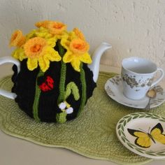 Daffodil tea cozy to buy, ready made or in pattern form from www.tbeecosy.com