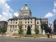 The old Fayette County Courthouse