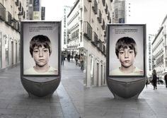 Billboard For Child Abuse that Only Kids Can See Lenticular Printing, Child Abuse Prevention, Unity In Diversity, Guerilla Marketing, Viral Marketing, Marketing Branding, Poor Children, Environmental Issues, Social Issues