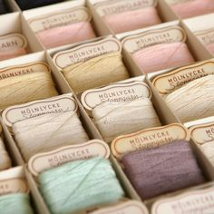 Vintage mending darning thread in box. Pastel thread. New old stock. Molnlycke thread. Mölnlycke stoppgarn. Home decor. Vintage sewing .