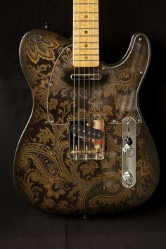 Riggio Custom Guitars Vintage Classic Series Tango KR Black Paisley