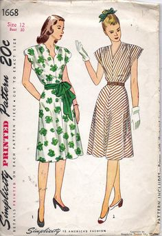Vintage 1946 Simplicity 1668 One Piece Scalloped V Neck Cap Sleeves Dress Sewing Pattern Size 12