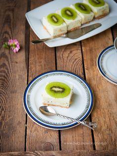 jogurtowe ciasto z kiwi i bananem Kiwi, Tasty, Snacks, Baking, Fitness, Kitchen, Food, Diet, Mascarpone