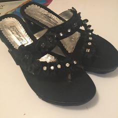 Black shoes size 9.5 - 10 Missing couple flowers. But still looks great .Bundle up and save Shoes Mules & Clogs