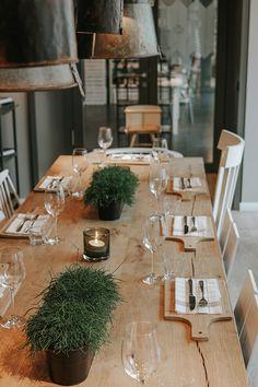 A hotel dream on Norderney - The Inselloft - Tischdekoration - Das Hotel, Hotel Interiors, Diy Garden Decor, Beautiful Gardens, Kitchen Dining, Home Furniture, Interior Decorating, Sweet Home, Table Settings