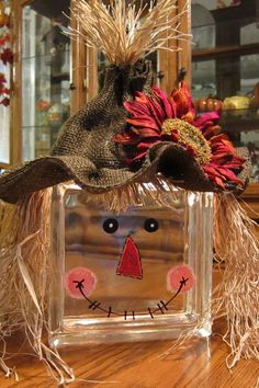 The Chic Technique: DIY Scarecrow glass block. Autumn Crafts, Thanksgiving Crafts, Holiday Crafts, Thanksgiving Decorations, Thanksgiving Placemats, Holiday Decor, Fall Halloween, Halloween Crafts, Halloween Decorations
