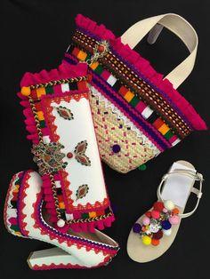 Loving the combo Indian Fashion, Womens Fashion, Fashion Trends, Designer Dress Shoes, Afghani Clothes, Navratri Dress, Balochi Dress, Oriental Dress, Afghan Dresses