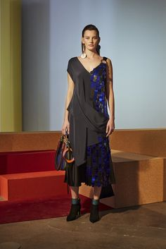 Diane Von Furstenberg Fall 2017 Collection | POPSUGAR Fashion Photo 20
