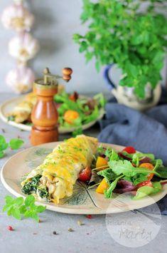 Naleśniki zapiekane z kurczakiem i szpinakiem Cheddar, Food, Cheddar Cheese, Essen, Meals, Yemek, Eten
