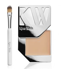 kjaer weis foundation // living pretty naturally