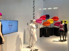 WINDOW MANNEQUINS - #euroshop #windows #vitrine #vm  #visualmerchandising #shopwindows #retail #design #store #fashion #windowsdisplays #vitrine #window #windowdisplay #windowmannequins