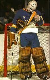 Doug Grant (the Goalie) Hockey Goalie, Hockey Games, St Louis Blues Goalies, Nhl, Goalie Mask, Boston Sports, Masked Man, National Hockey League, Sports Art