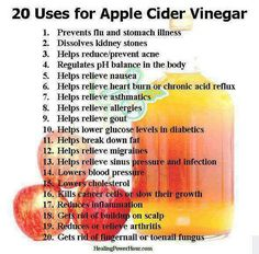 20 Uses for Apple Cider Vinegar. My husband is English.this is his favorite health ingredient! Vinegar has been used for centuries for various cooking and household purposes. And the most popular of all the vinegar types is apple cider vinegar. Braggs Apple Cider, Apple Cider Vinegar Remedies, Apple Cider Vinegar For Skin, Apple Cider Vinegar Benefits, Apple Benefits, Health Remedies, Home Remedies, Natural Remedies, How To Relieve Nausea