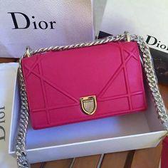 [Final Sale] Christian Dior DIORAMA Bag for sale at https://www.ccbellavita.eu/products/christian-dior-diorama-bag