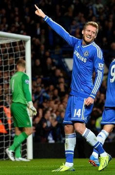 Andre Schurrle. Chelsea 2-1 Manchester City. Premier League. Sunday, October 27, 2013.