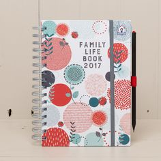 The 2020 - 2021 Family Life Book academic and full year diary with week-to-view layout helps you to get organised. Organised Mum, Staying Organized, Weekly Shopping List, Week To View Diary, A5 Diary, School Forms, Holiday Planner, School Routines, Page Marker